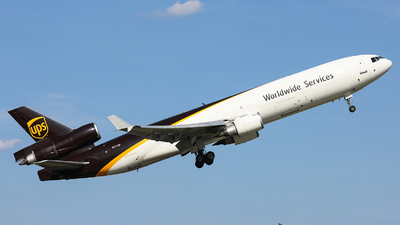 A picture of N251UP - McDonnell Douglas MD11F - UPS Airlines - © Harley Guo