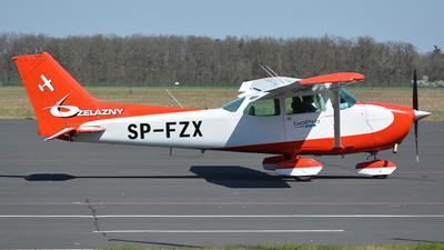SP-FZX - Cessna 172N Skyhawk II - Private