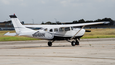 A picture of VHWOT - Cessna 207 - [20700267] - © George Canciani