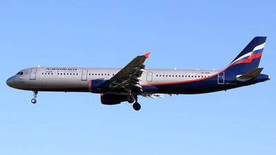 VQ-BHK - Airbus A321-211 - Aeroflot