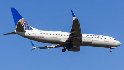 A picture of N35204 - Boeing 737824 - United Airlines - © Matthew Scott