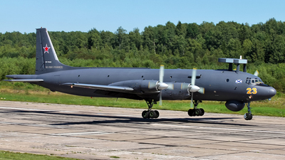 RF-75322 - Ilyushin IL-38 May - Russia - Navy