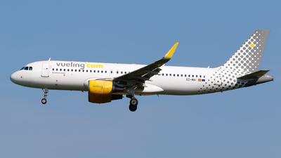 A picture of ECMAI - Airbus A320214 - Vueling - © Matteo Lamberts
