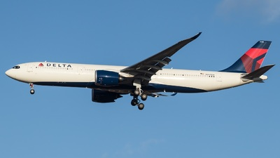 N405DX - Airbus A330-941 - Delta Air Lines