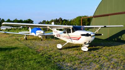 SP-TPY - Cessna 172S Skyhawk SP - Private