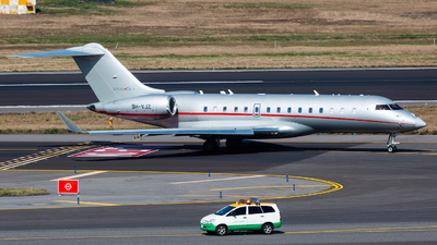 A picture of 9HVJZ - Bombardier Global 6000 - VistaJet - © YIFENG SHEN