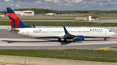 A picture of N851DN - Boeing 737932(ER) - Delta Air Lines - © Brady Noble