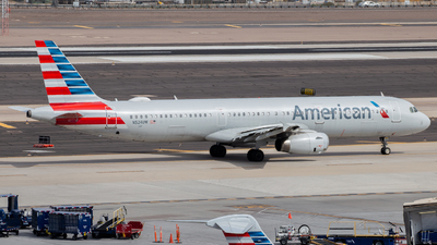 A picture of N524UW - Airbus A321231 - American Airlines - © John Marzo