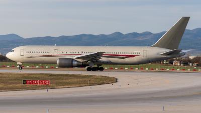 N423AX - Boeing 767-324(ER) - Omni Air International (OAI)