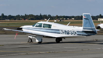 N5795D - Mooney M20J-201 - Private