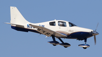 A picture of N898CW - Lancair LC41550FG - [41064] - © Joshua Ruppert