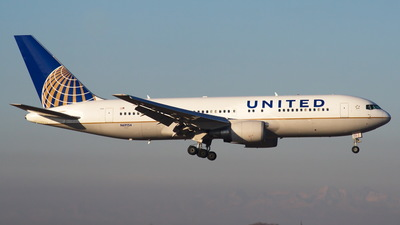 N69154 - Boeing 767-224(ER) - United Airlines