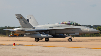 164872 - McDonnell Douglas F/A-18D Hornet - United States - US Marine Corps (USMC)