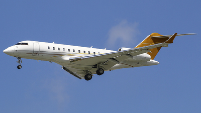 B-98888 - Bombardier BD-700-1A11 Global 5000 - Private