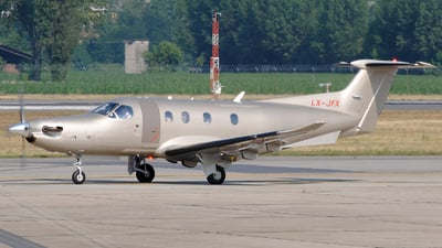 LX-JFX - Pilatus PC-12/47E - Jetfly Aviation
