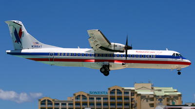 N355AT - ATR 72-212 - American Eagle (Executive Airlines)
