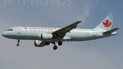 C-FLSU - Airbus A320-211 - Air Canada