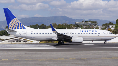 A picture of N87507 - Boeing 737824 - United Airlines - © chalymtz
