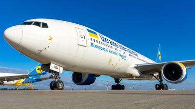 A picture of URGOA - Boeing 7772Q8(ER) - Ukraine International Airlines - © Marc Aviation