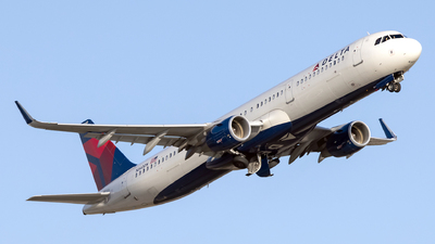 A picture of N340DN - Airbus A321211 - Delta Air Lines - © John Mageropoulos
