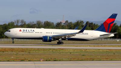 N179DN - Boeing 767-332(ER) - Delta Air Lines