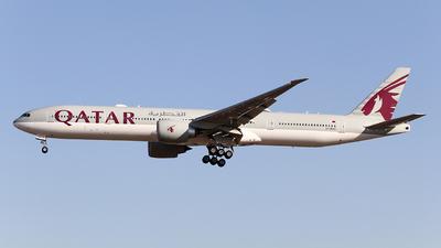 A picture of A7BAZ - Boeing 7773DZ(ER) - Qatar Airways - © ceci wong