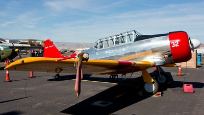 N1634 - North American SNJ-5 Texan - Private
