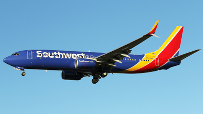 N8698B - Boeing 737-8H4 - Southwest Airlines