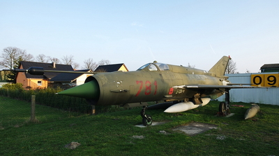 781 - Mikoyan-Gurevich MiG-21MF Fishbed J - German Democratic Republic - Air Force