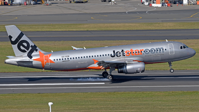 A picture of VHVGN - Airbus A320232 - Jetstar Airways - © Juan Contreras