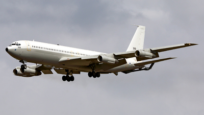 260 - Boeing 707-3P1C Re'em - Israel - Air Force