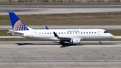A picture of N88327 - Embraer E175LR - United Airlines - © Rocky Wang