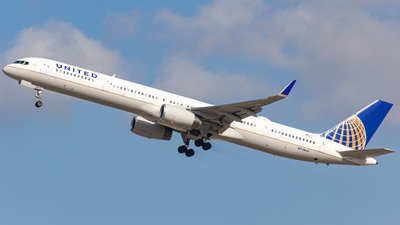 A picture of N73860 - Boeing 75733N - United Airlines - © Keeper1