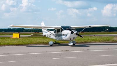 OK-ELN - Cessna 172S Skyhawk SP - Elmontex Air