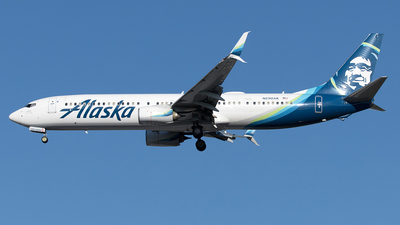 A picture of N290AK - Boeing 737990(ER) - Alaska Airlines - © Yixin Chen