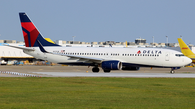 A picture of N3751B - Boeing 737832 - Delta Air Lines - © Chrisjake
