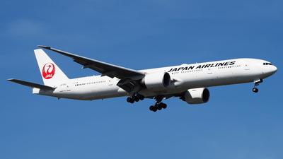 JA731J - Boeing 777-346ER - Japan Airlines (JAL)