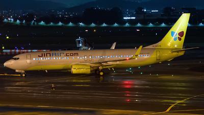 HL8225 - Boeing 737-8Q8 - Jin Air