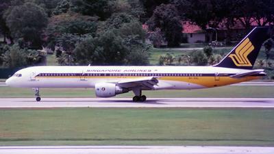 9V-SGL - Boeing 757-212 - Singapore Airlines