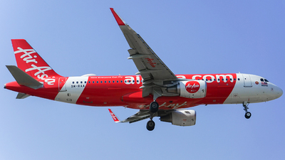 A picture of 9MRAA - Airbus A320216 - AirAsia - © huanglongtao