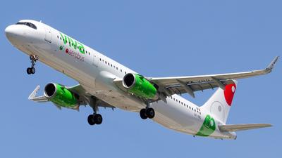 XA-VBQ - Airbus A321-231 - VivaAerobus