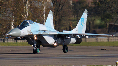 17 - Mikoyan-Gurevich MiG-29 Fulcrum - Ukraine - Air Force
