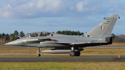 RB006 - Dassault Rafale DH - India - Air Force