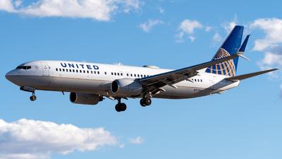 N37263 - Boeing 737-824 - United Airlines
