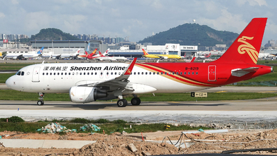 A picture of B8219 - Airbus A320214 - Shenzhen Airlines - © Taohang Zhou