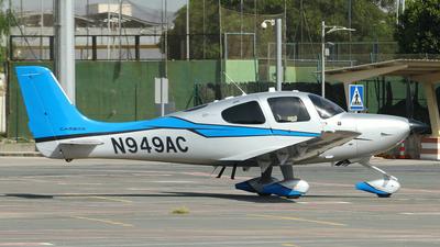A picture of N949AC - Cirrus SR22T - [0833] - © Fernandez Manuel