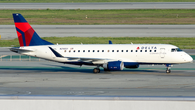 N298SY - Embraer 170-200LL - Delta Connection (SkyWest Airlines)