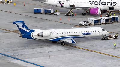N752SK - Bombardier CRJ-701 - SkyWest Airlines