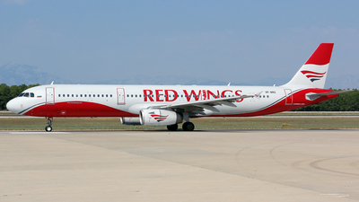 VP-BRS - Airbus A321-231 - Red Wings