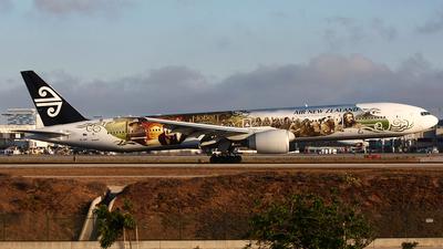 ZK-OKP - Boeing 777-319ER - Air New Zealand